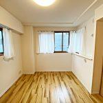7帖の洋室は2面採光(寝室)