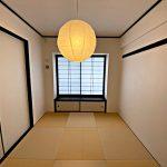 リビング隣の6帖の和室(寝室)