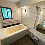 窓が付いている浴室(風呂)