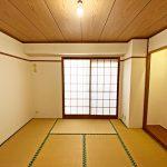 8帖の和室(寝室)